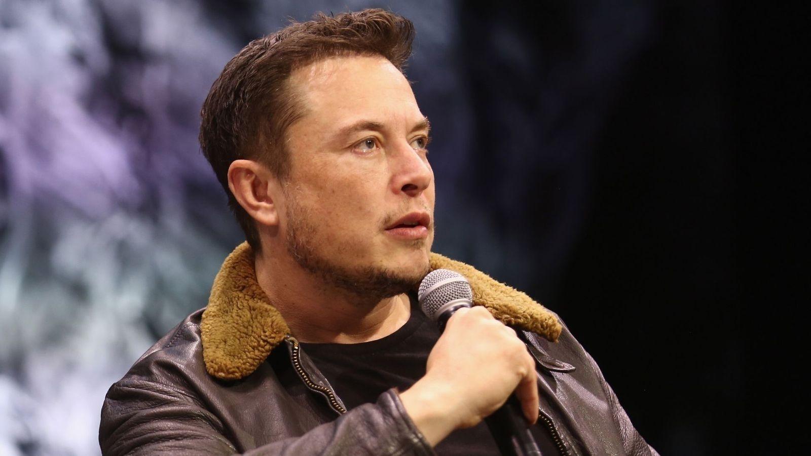 Илон Маск хиймэл дагуулын Starlink интернэтээр анх удаа холбогдож үзүүлжээ