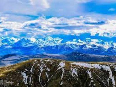 Хан хөхий уулс