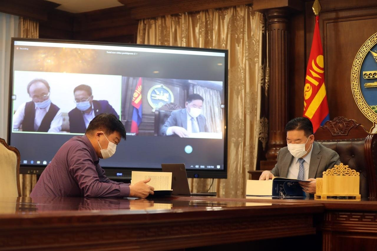Монгол бахархлын өдрөөр Монголын өв соёлын бахархал болохуйц том номын нээлт болов