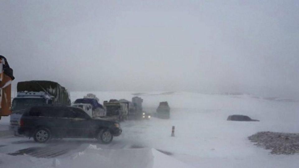 ОБЕГ: Ихэнх нутгаар цас орж, цасан шуурга шуурахыг анхааруулж байна