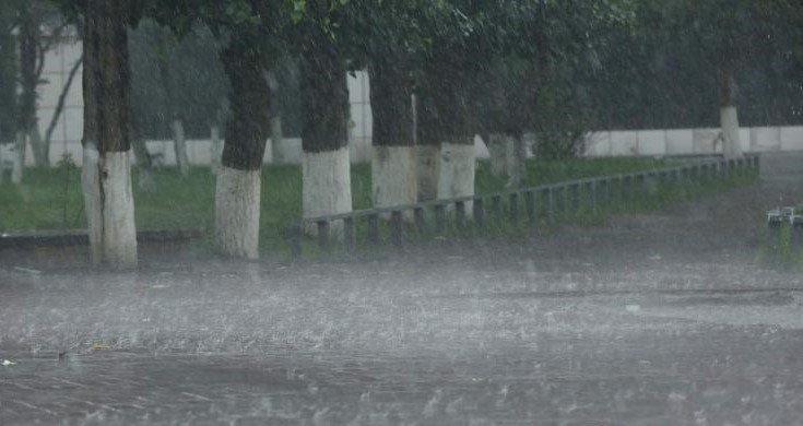 УЦУОШГ: Маргаашнаас ихэнх нутгаар үргэлжилсэн бороо орох тул үер усны аюулаас сэрэмжлүүлж байна