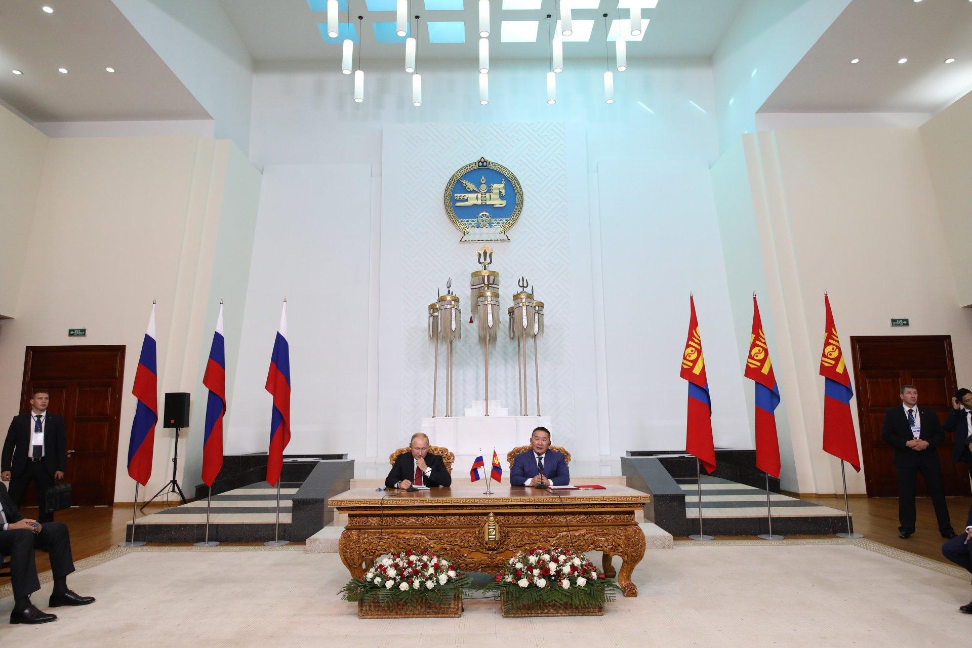 Монгол Улсын Ерөнхийлөгч Х.Баттулга, ОХУ-ын Ерөнхийлөгч В.В.Путин нар айлчлалыг дүгнэн мэдээлэл хийв