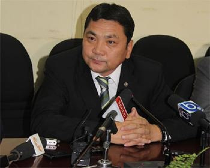 Л.Гансүх: Монголд прокурор мундсан юм шиг Л.Гансүх, С.Зоригийн хэргийг ганцхан Батжаргал гэсэн прокурор хяндаг