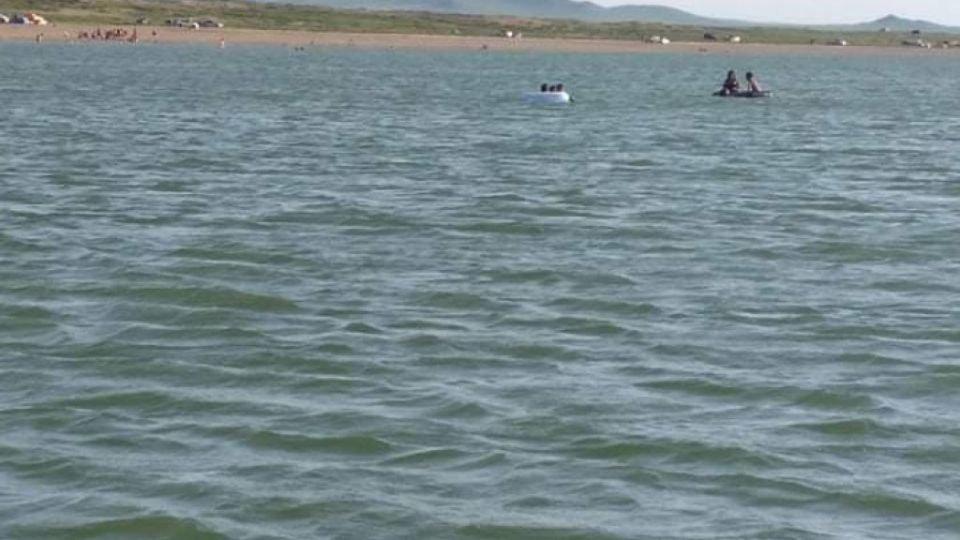 Сэрэмжлүүлэг: Гол, усны ослоор 23 хүүхэд энджээ