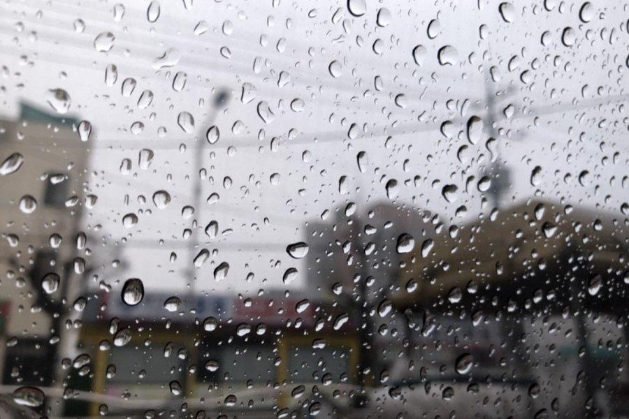 УЦУОШГ: Улаанбаатарт үүлшинэ. Бага зэргийн бороо орно