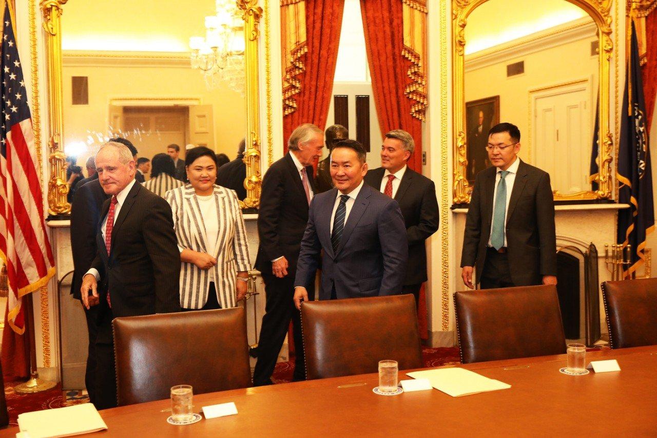 Ерөнхийлөгч Х.Баттулга АНУ-ын Сенатын Гадаад бодлогын байнгын хороонд зочлов
