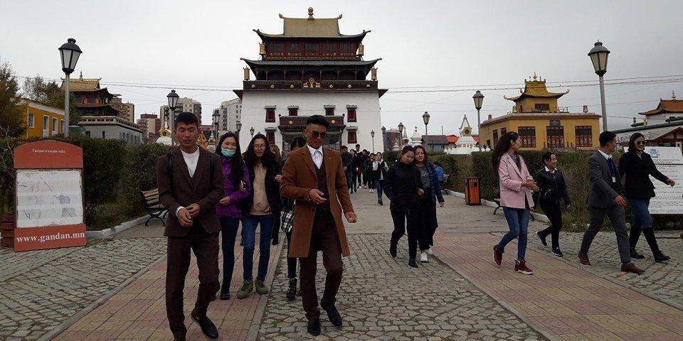 НИЙСЛЭЛ-380: Аялал жуулчлалын өдрөөр хотын аялал зохион байгууллаа