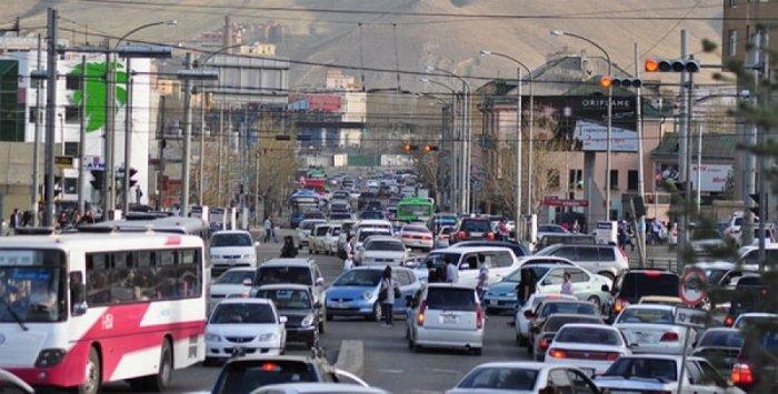 Энэ сарын 28, 29-нд автомашины улсын дугаарын тэгш, сондгойгоор хөдөлгөөнд оролцоно