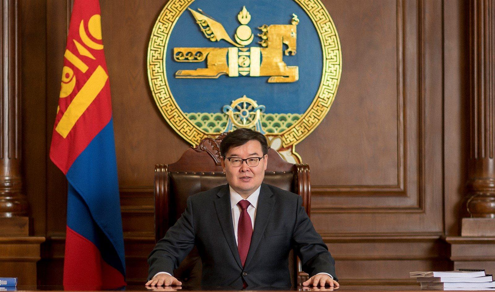 Монгол Улсын Их Хурлын дарга Г.Занданшатар Шинэ жилийн мэндчилгээ дэвшүүллээ