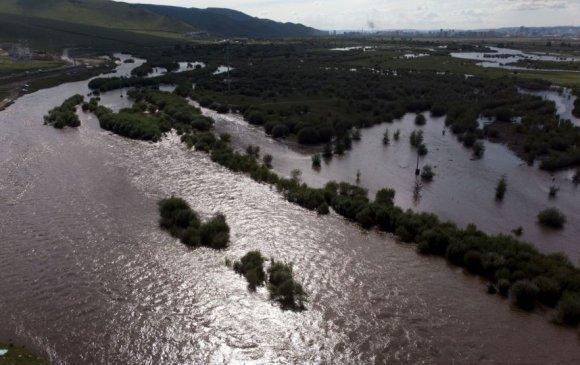 Үер усны аюулаас онцгойлон сэрэмжлэх шаардлагатайг анхааруулж байна