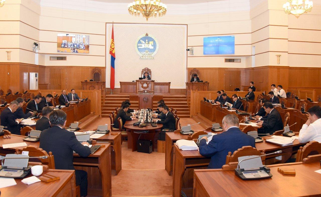 ЧУУЛГАН: Монгол Улсын 2020 оны төсвийн тухай хуулийн төслийг хоёр дахь хэлэлцүүлэгт шилжүүлэв
