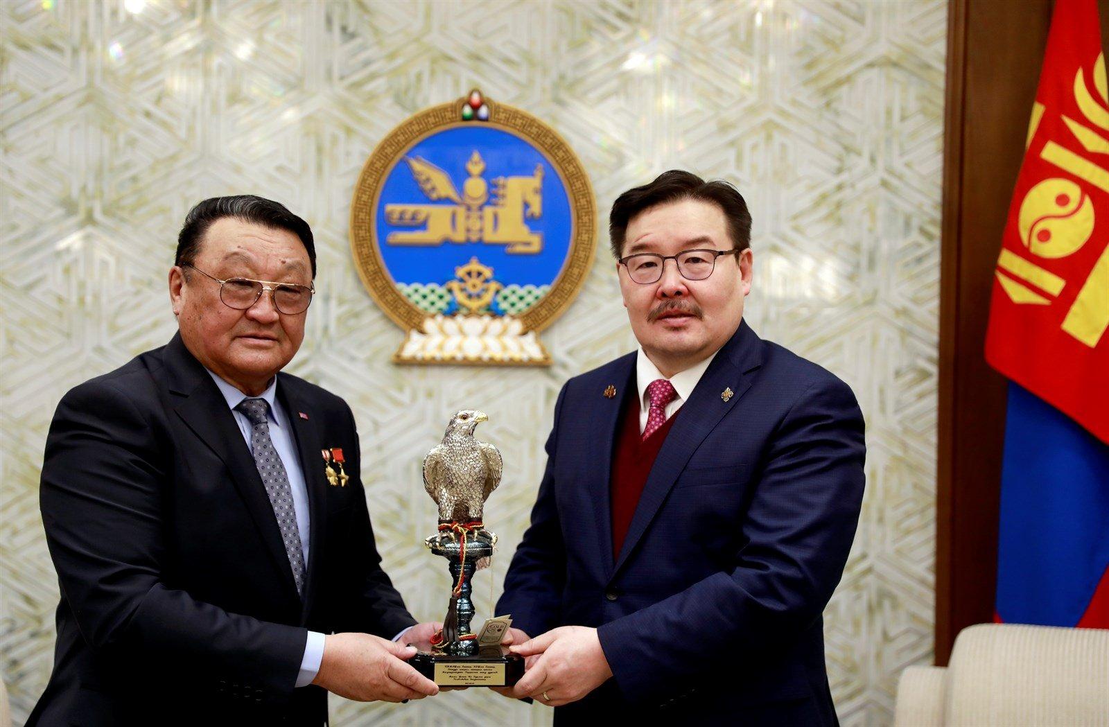 Монгол хүн сансарт ниссэний 40 жилийн ой тохиож байна
