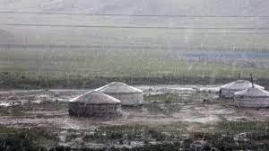 УЦУОШГ: Өнөө маргаашдаа нутгийн зарим газраар бороо, дуу цахилгаантай аадар бороо орно