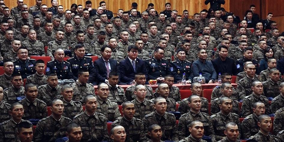 Зэвсэгт хүчний Жанжин штабаас 300 гаруй цэрэг Тавантолгой түлш ХХК-д ажиллаж байна